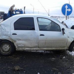 фото В Калининском районе нарушение ПДД стало причиной аварии с 3 пострадавшими