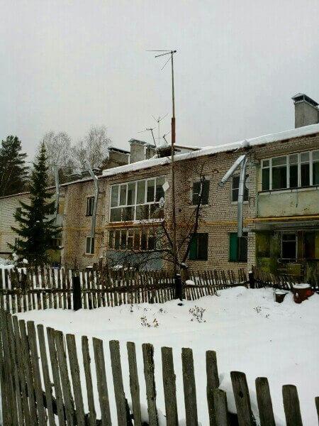В поселке Восток жильцы дома из-за нерасторопности местной администрации остались без газа и отопления
