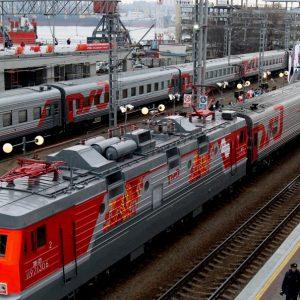 фото Поезда будут ходить по новому графику