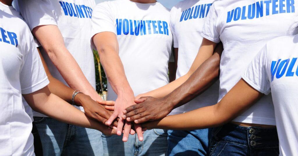"""В Твери пройдет Межрегиональный фестиваль молодёжных волонтёрских инициатив """"Связь поколений"""""""