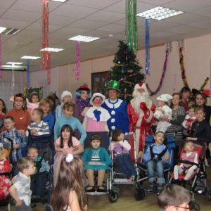 """фото В Твери для """"детей-ангелов"""" устроили новогоднюю елку"""