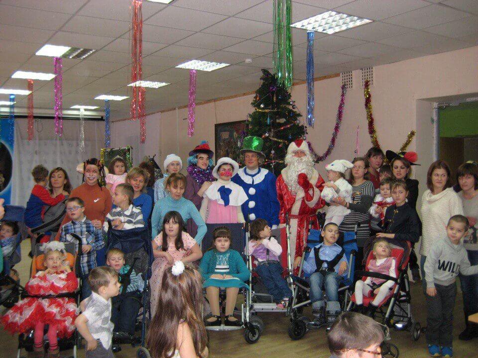 """В Твери для """"детей-ангелов"""" устроили новогоднюю елку"""
