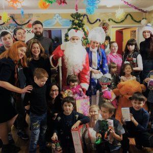 фото Новогодние сюрпризы для детей из социальных центров в Тверской области и в Москве