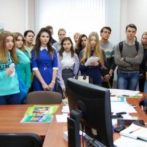 фото Будущие журналисты побывали в гостях у Тверской таможни