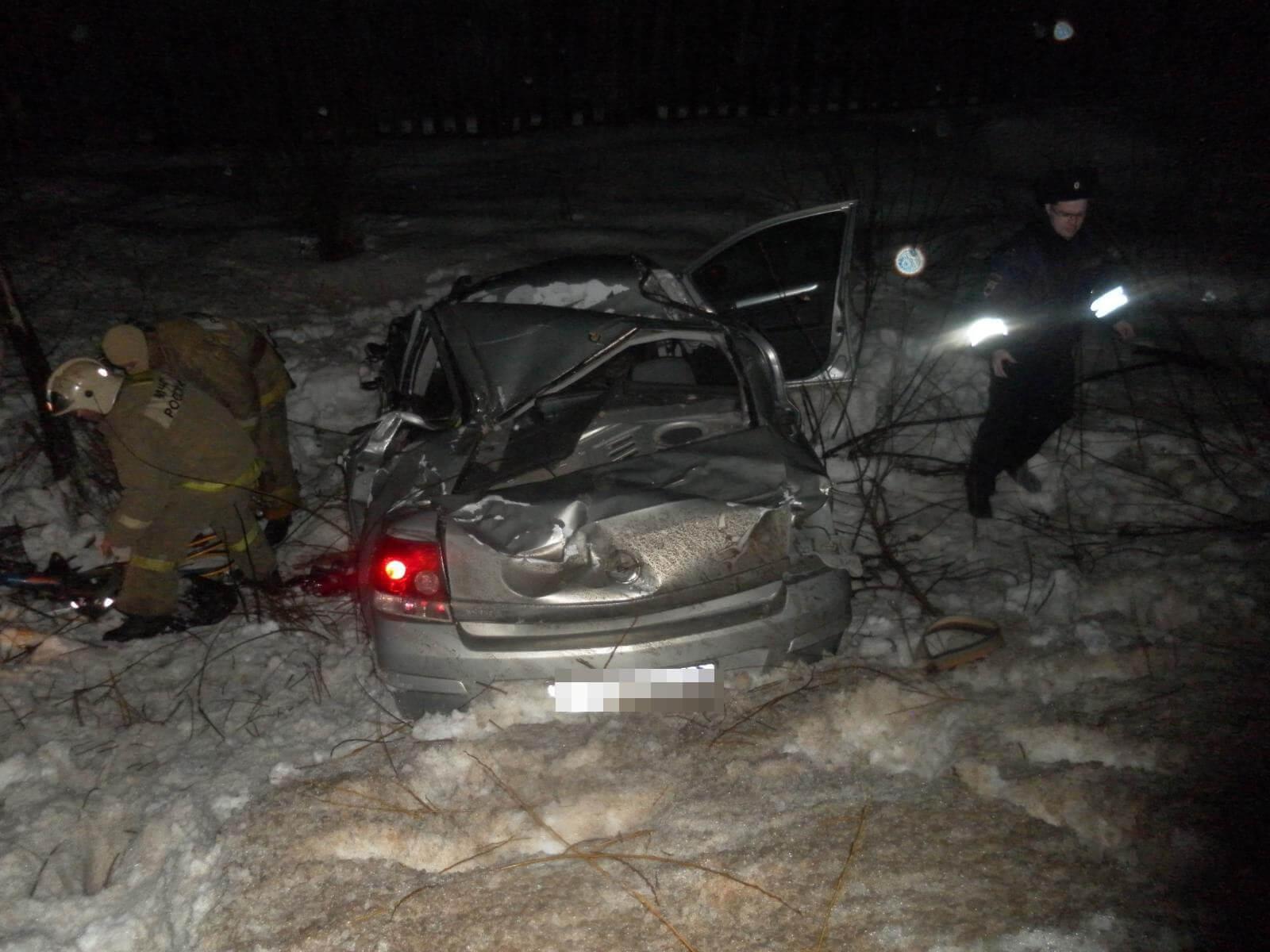 Нетрезвый шофёр спровоцировал впоселке Спирово трагедию