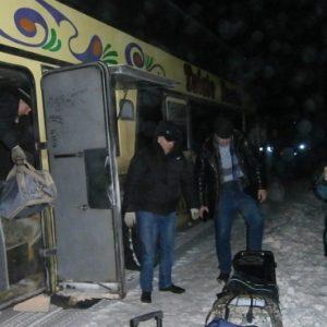 фото На трассе в Западнодвинском районе в мороз сломался автобус с пассажирами