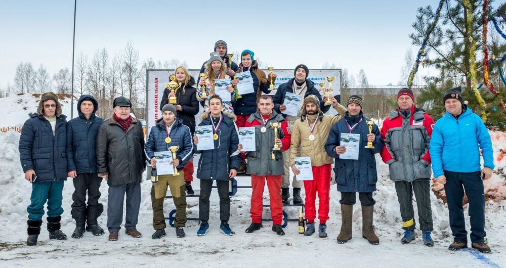 """В Твери прошли соревнования по автокроссу в классах """"Д2 юниор"""", """"Д2 классика"""" и """"Супер 1600"""""""