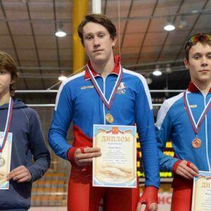 фото Конькобежец Дмитрий Никифоров – серебряный призер первенства ЦФО