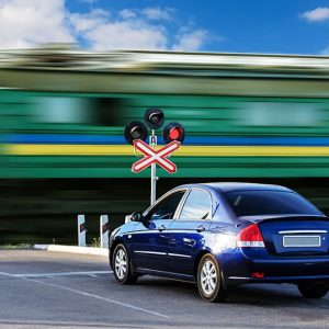 фото Количество ДТП на переездах Октябрьской железной дороги сократилось на 40%