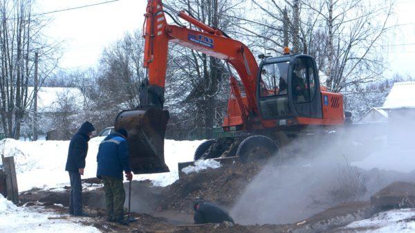 По факту прорыва теплопровода в Максатихе проводится доследственная проверка