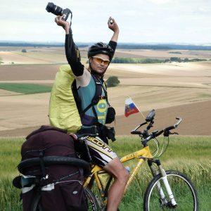 фото Тверитянин Александр Титов собирается проехать на велосипеде вдоль самой длинной реки в Европе