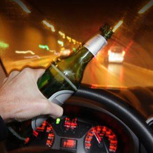 фото В отношении водителя с признаками алкогольного опьянения возбуждено два уголовных дела