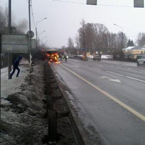 фото На трассе в Эммаусе сгорел автобус