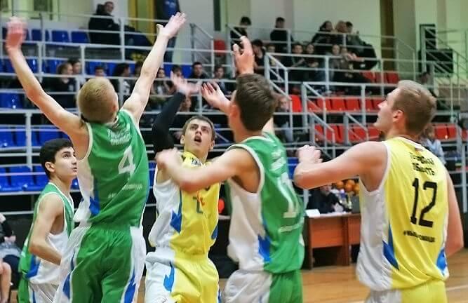 В Конаково прошел финал областного чемпионата Школьной баскетбольной лиги