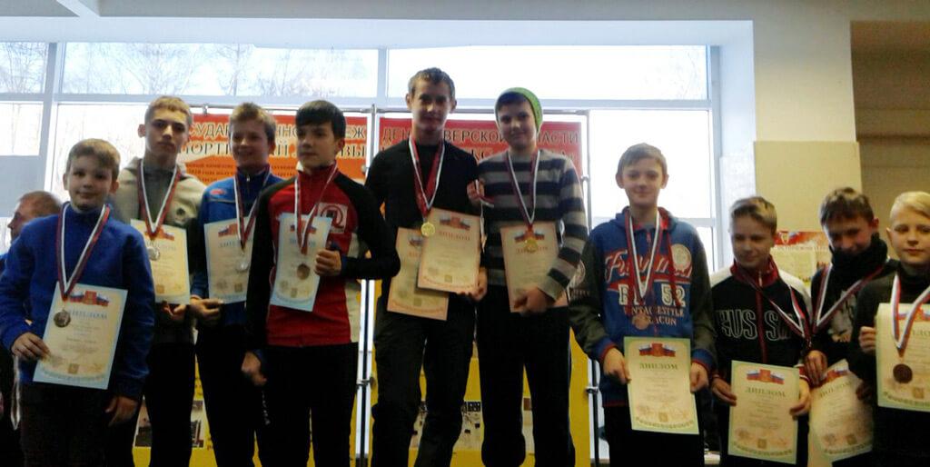 В Твери состоялись всероссийские соревнования по шорт-треку
