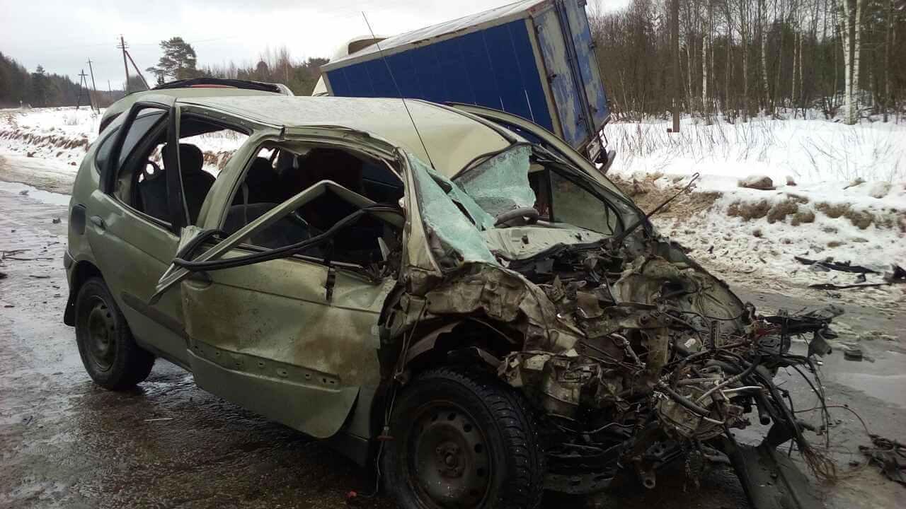 В дорожно-транспортном происшествии в Кашинском районе Тверской области пострадали 4 человека