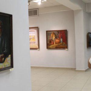 фото Тверичи могут увидеть картины своего земляка, художника Владимира Абрамовича
