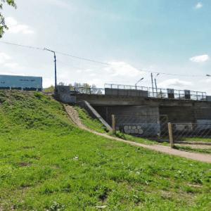 """фото На """"горбатом"""" мосту в Твери организуют реверсивное движение"""