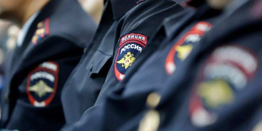 В Тверской области задержали двоих мужчин, находившихся в федеральном розыске за совершение преступлений