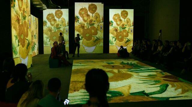 На выставке Ван Гога