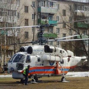 фото Для экстренной помощи женщине в Бежецкий район отправился вертолет с бригадой врачей ОКБ