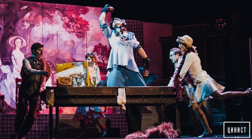 Тверской театр драмы приглашает на спектакли в мае