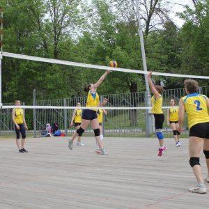 фото Завершились соревнования по волейболу, приуроченные к празднованию Дня России