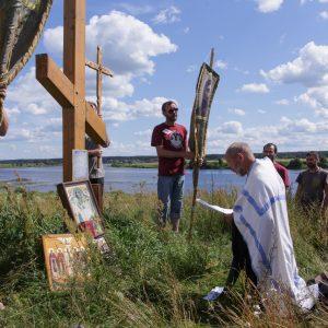 фото По берегам реки Тьмы прошёл молодежный крестный ход, посвященный памяти апостолов Петра и Павла