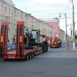 фото В Тверь прибывает дорожная техника из Москвы
