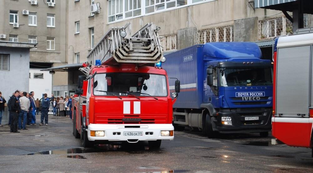 В Твери прошли совместные пожарно-тактические учения Почты России и МЧС России