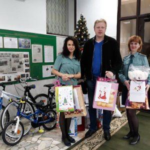 фото В Тверской таможне исполнили новогодние пожелания ребят из города Белый