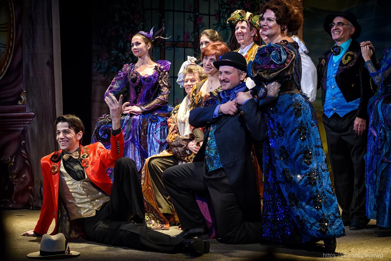 Тверичей приглашают на театрализованный гала-концерт лучших опереточных номеров