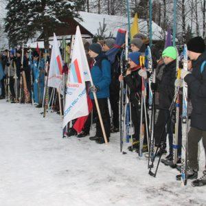 фото Школьникам в Нелидово организовали лыжный пробег по местам боевой славы