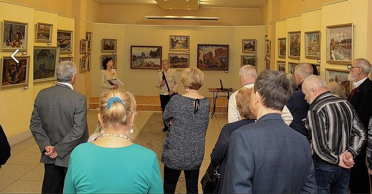 В Твери проходит выставка живописи к 80-летию художника Виктора Усачева