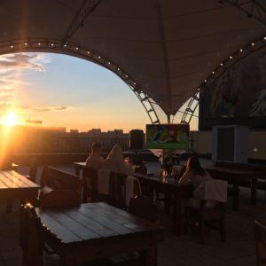 фото В Твери открылась летняя веранда на высоте