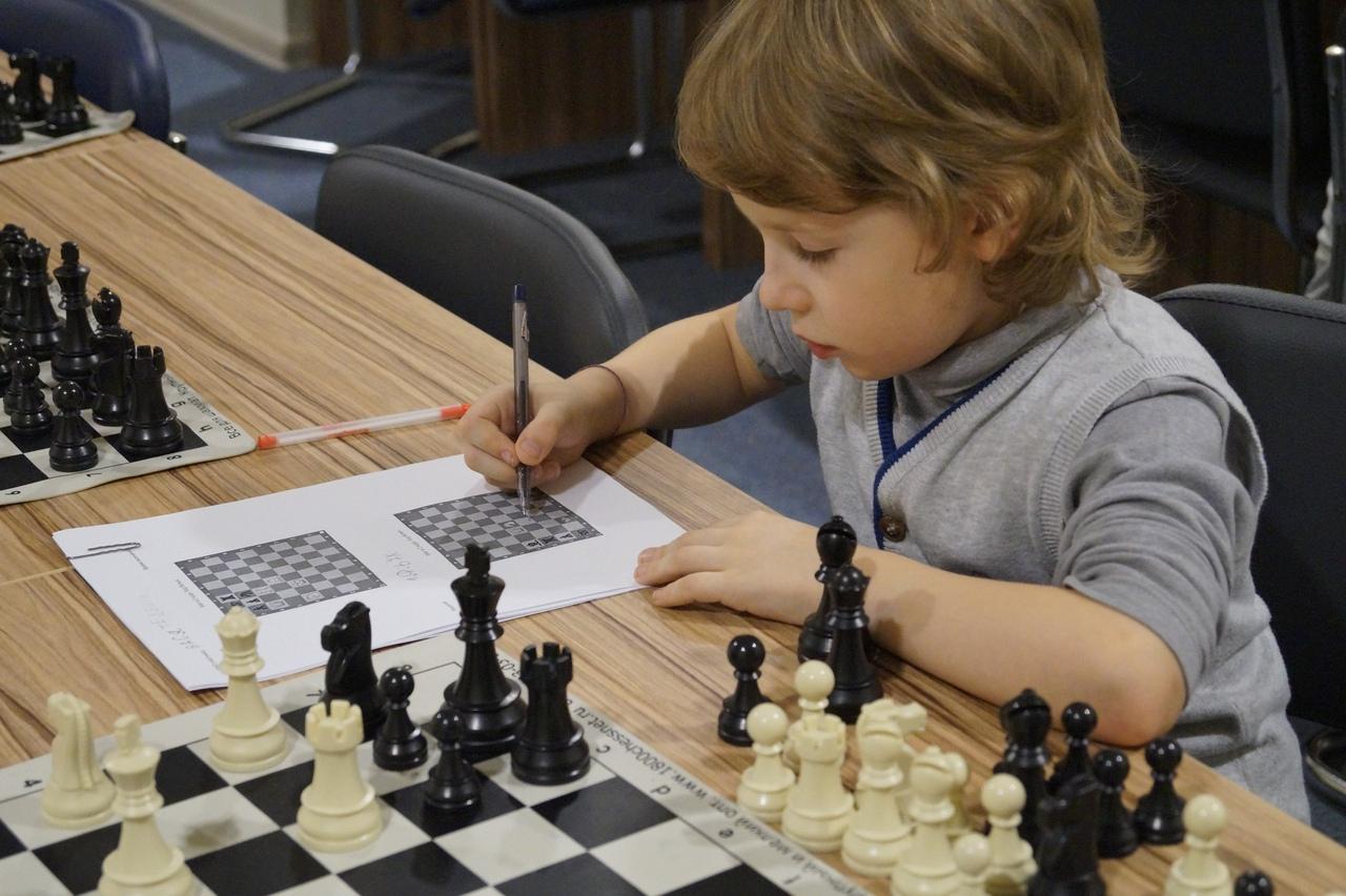 В Тверской области запущен благотворительный проект по созданию шахматного видеокурса