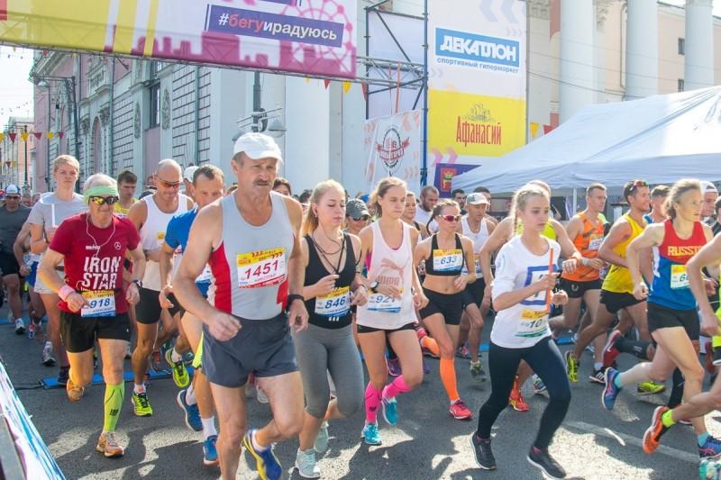 Сотни жителей Твери проверили силы и выносливость на «Тверском марафоне»