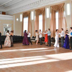 фото В Твери всех желающих научат бальным танцам