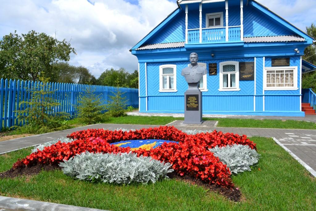 Шинель Сталина покажут в его ставке подо Ржевом