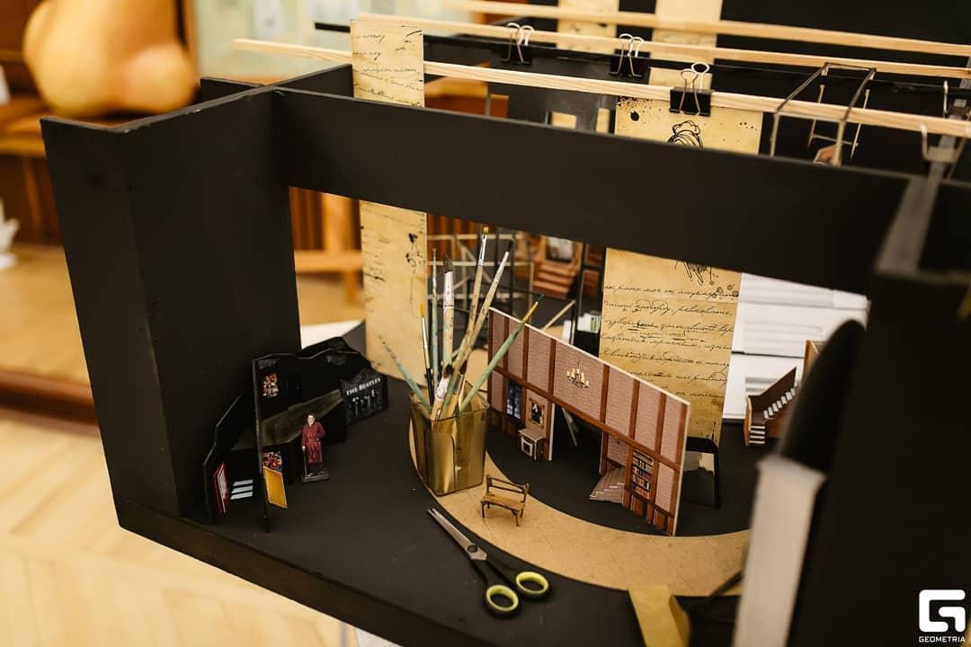 Театр в миниатюре - в Твери пройдет выставка художника-постановщика Николая Юдина