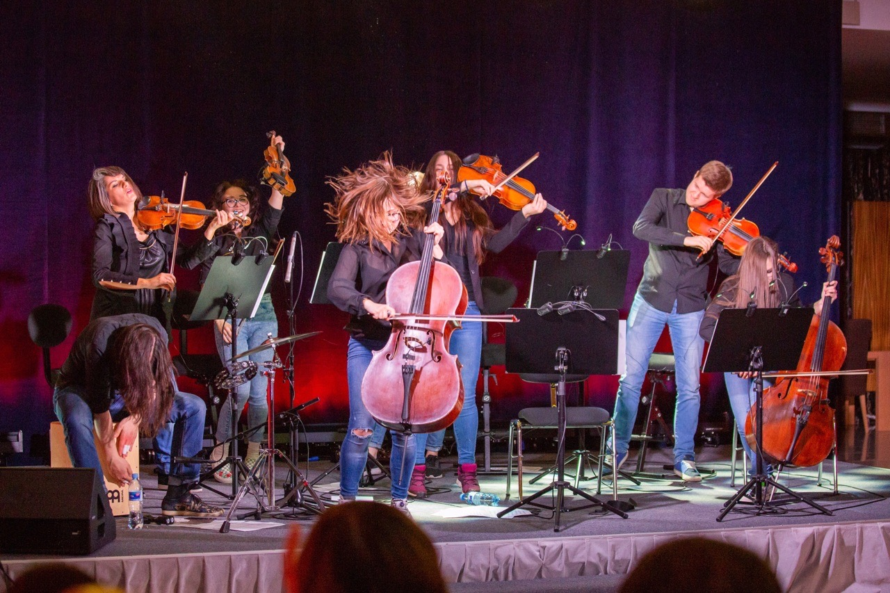 Тверичи услышат мировые рок-хиты в оркестровом исполнении