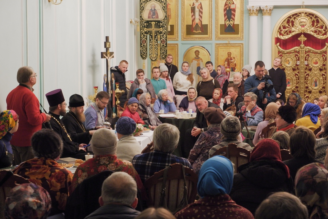 В Твери продолжается цикл открытых встреч с митрополитом