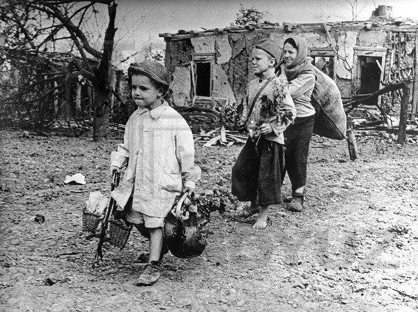"""Единороссы внесли в Мосгордуму законопроект о льготах для """"детей войны"""""""