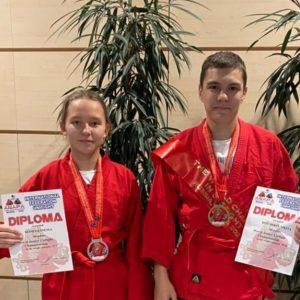 фото Юные спортсмены из Тверской области завоевали медали первенства мира по универсальному бою.